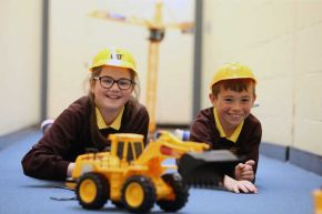 Ulster University computer game launches in Scottish schools to inspire next generation of construction professionals