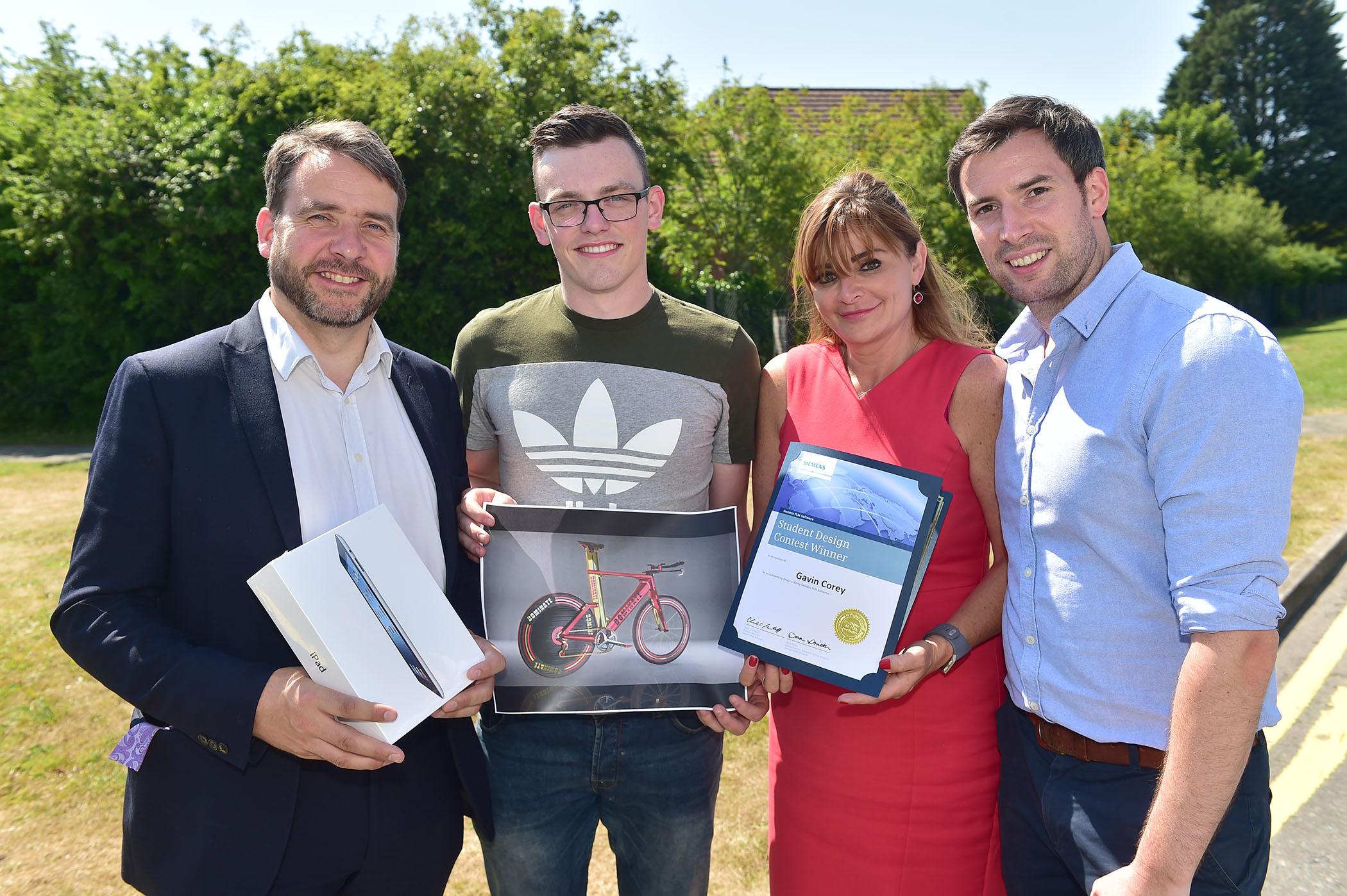 Ulster Engineering Graduates receive Global Design Awards