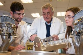 Renowned Formula One designer inspires Ulster University engineers