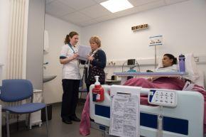 nursecomp8412.jpg