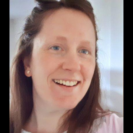 Profile pic Michelle Connolly