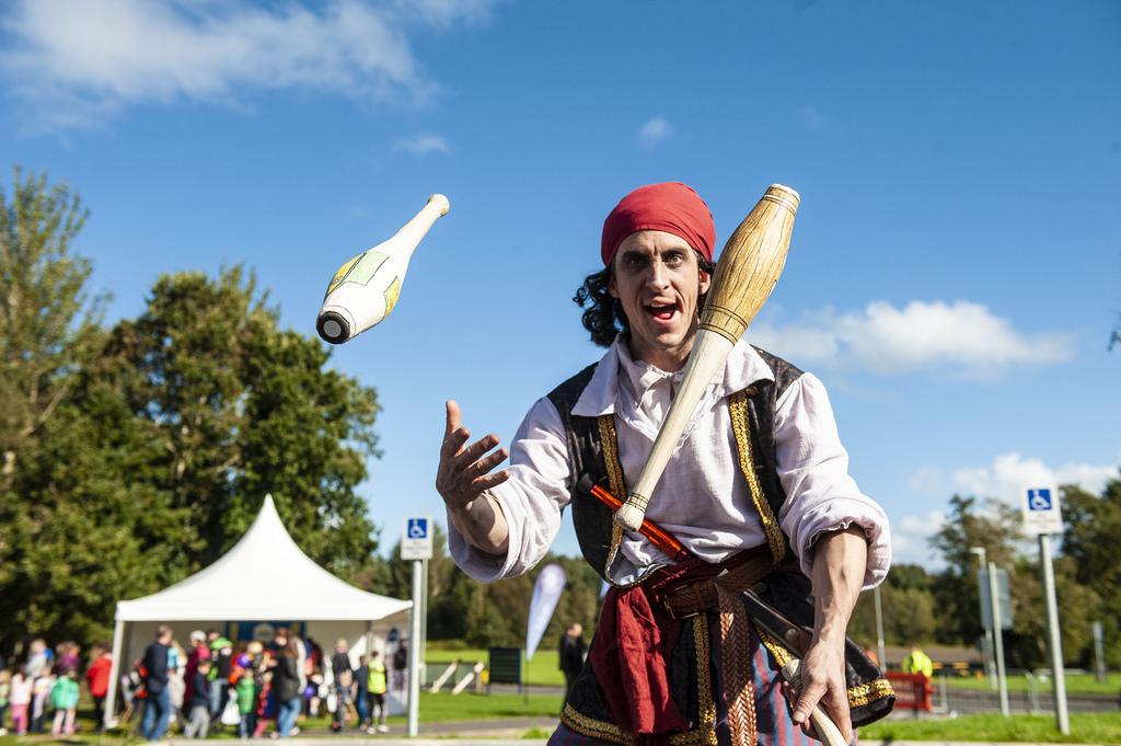 A Pirate Juggling