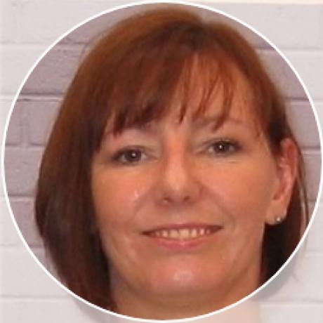 Profile pic Terri Gilleece