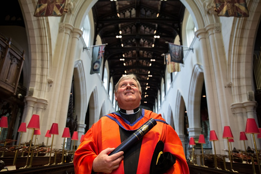 Honorary Graduate: The Very Reverend Dr William Morton