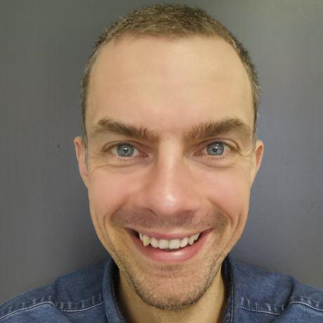 Profile pic Peter McNiece