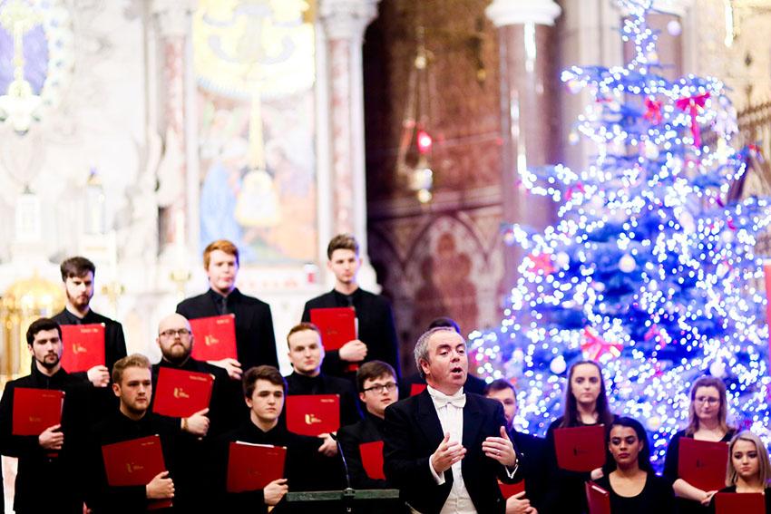Ulster University's choir brings singing to Clonard Monastery