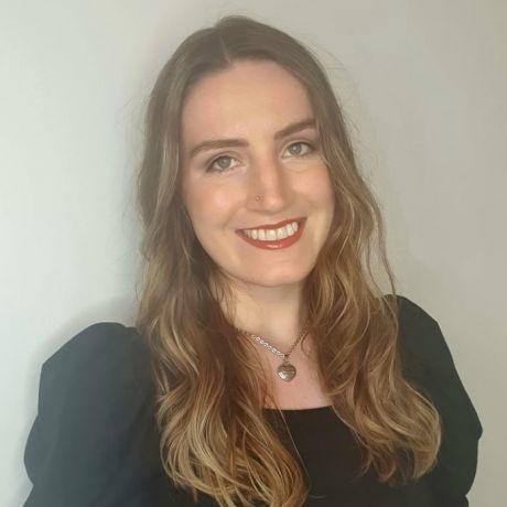 Profile pic Nicole Parkinson-Kelly