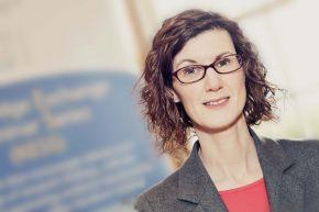 Dr Gráinne McKeever